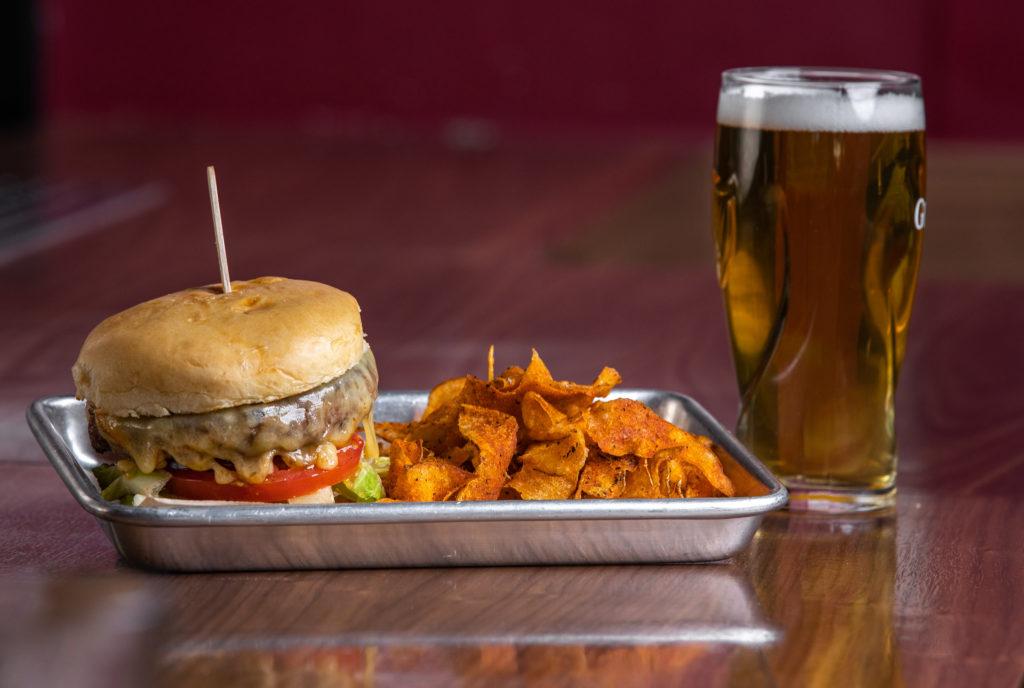 18bin Bar and Restaurant - diner burger (18bin)