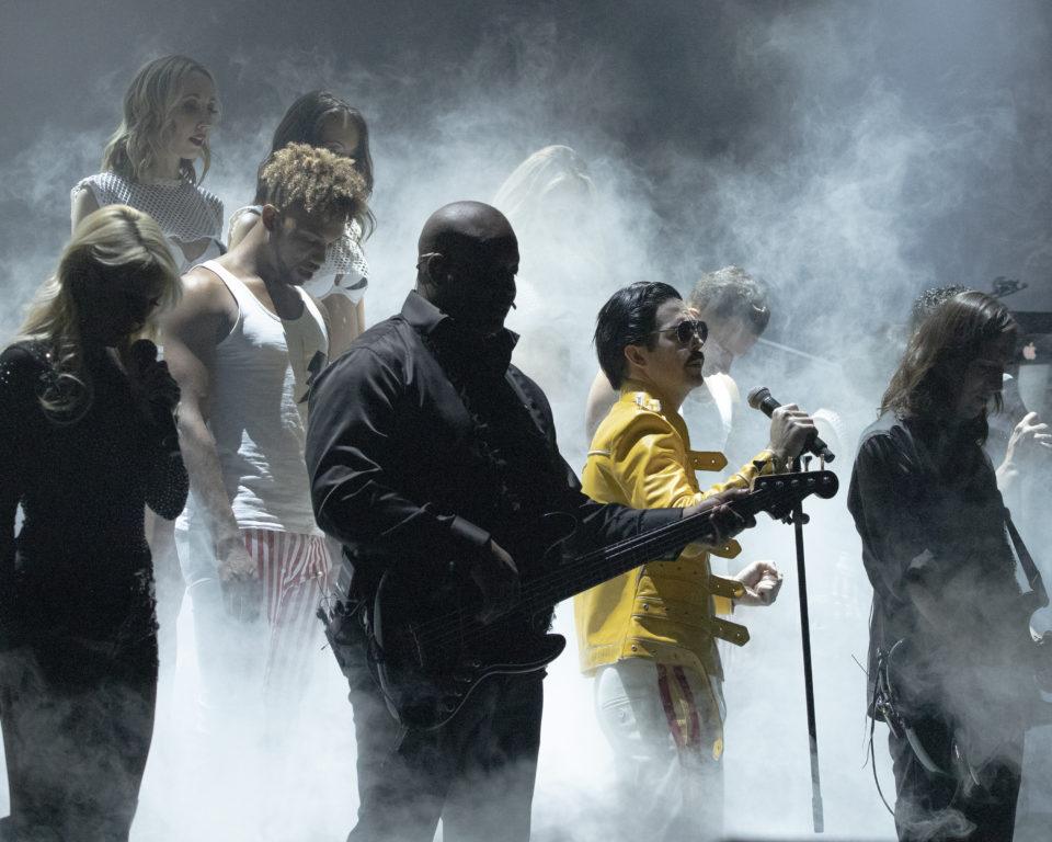 Frank Marino as Freddie Mercury in Legends In Concert (Ed Foster   Tropicana)
