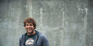 Country superstar Billy Currington to perform at Red Rock Resort