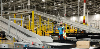 Amazon celebrates opening of new Henderson facility, Amazon