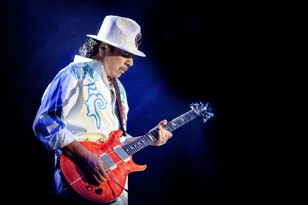 Carlos Santana Photo by Roberto Finizio