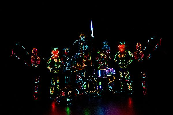 iLuminate Set to Light Up The STRAT with All-New Production Show